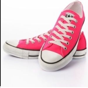 Converse low top hot pink trainers